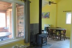 Chalet-6-salon-cuisine-chambre-1-scaled